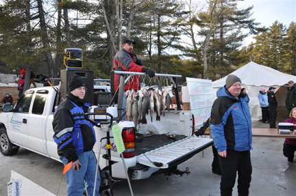 11th annual ice fishing derby little ossipee lake for Maine ice fishing derbies