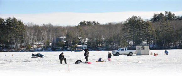 Annual ice fishing derby little ossipee lake waterboro for Ice fishing maine
